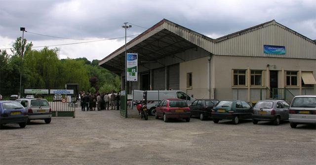 Bail commercial à céder (2600 m²) à Auch pour cause de déménagement
