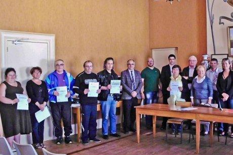Cérémonie dans la la salle du Conseil municipal de Nogaro. (Crédits photo : Photo Isabelle Eychenne, Le Sud-Ouest 2013)